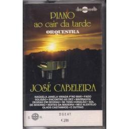 PIANO AO CAIR DA TARDE